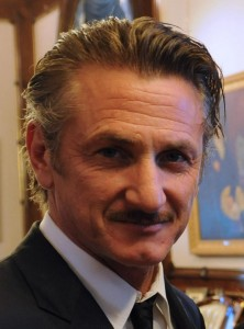 Sean_Penn_with_Cristina_Fernández_crop
